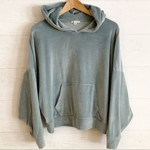 American Eagle Outfitters Velour Hoodie sz L